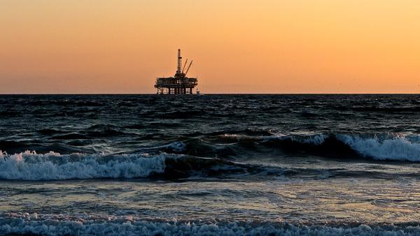 Gambar Oil Spill Response